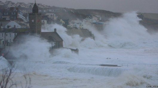 porthleven storms